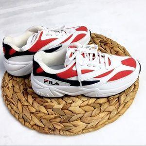 NWOT✩ FILA Red White Black Chunky Sneakers